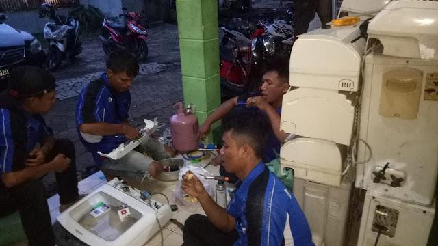 Jasa Service / Cuci AC Bintaro Berpengalaman Sejak Tahun 1995