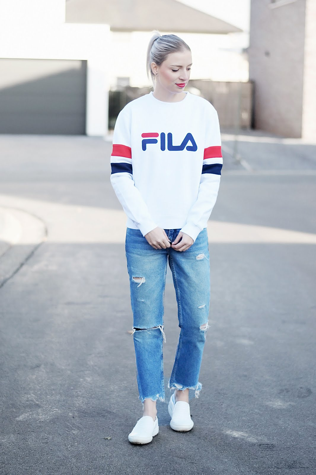 Fila, style guide, jd sports, sweatshirt, mango, ripped jeans, zara slip on