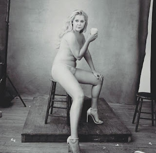 amy schumer viral picture, amy schumer quote, accountability community