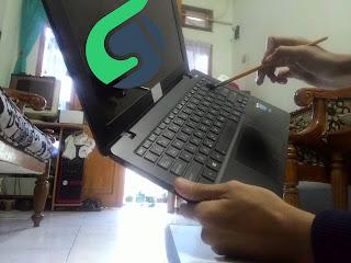 Membersihkan keyboard kotor