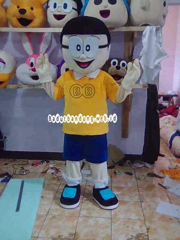 kostum nobita baju warna kuning badut