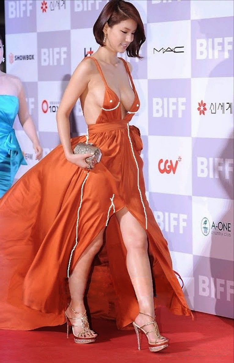16th Busan Film Festival (BIFF 2011) on 6th October 2011, eye-popping distraction, actress Oh In Hye (吳仁慧 Wú rén huì)