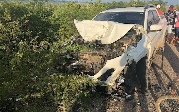Família de Várzea do Poço se envolve em acidente com vítimas fatais na BR-324