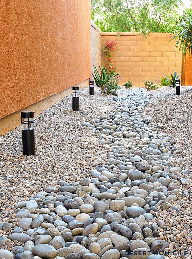 Home tour desert domicile for Landscaping rocks home depot