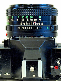 Canon AV-1, Depth-of-Field scale