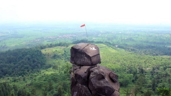 Bukit Goa Lawa