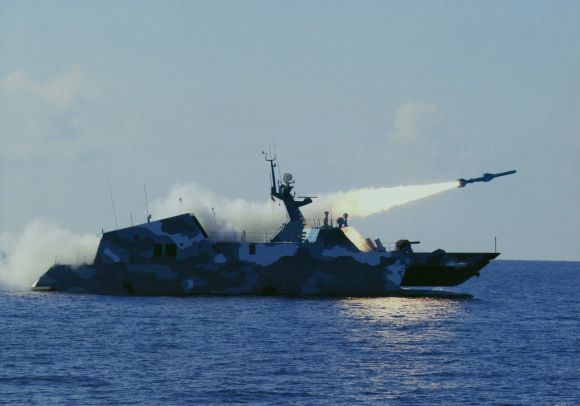 kapal cepat rudal china