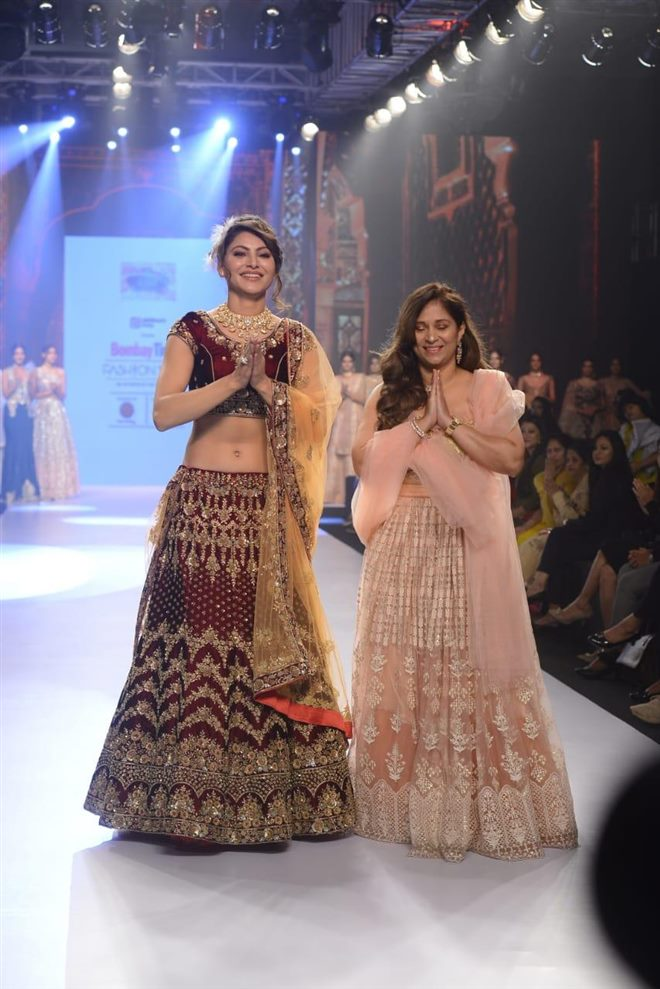 Urvashi Rautela Walks The Ramp At Bombay Times Fashion Week 2018 Photos