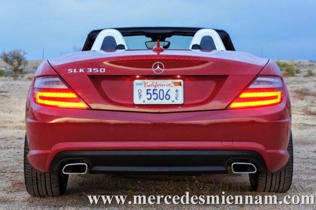Xe Mercedes Benz SLK 350 AMG màu đỏ 06