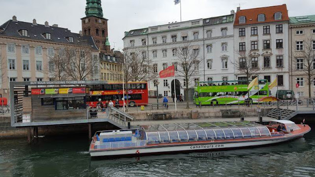 parada bus turistico copenhague