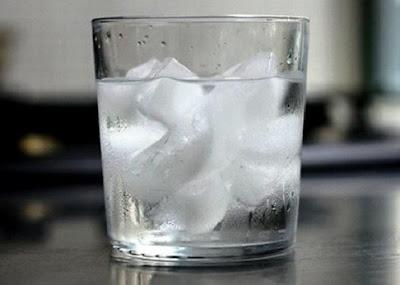 Ternyata Ini, Bahaya Minum Es pada Saat Berbuka Puasa!