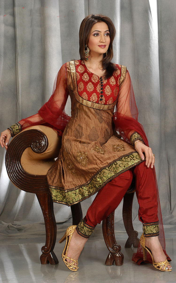 Anis Chudi Collections Anarkali Chudithar
