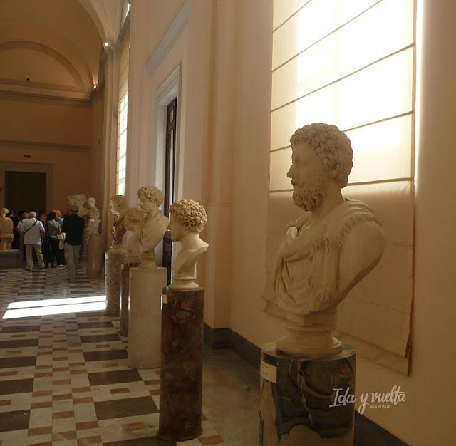 Museo Arqueológico Nacional Nápoles galería de bustos