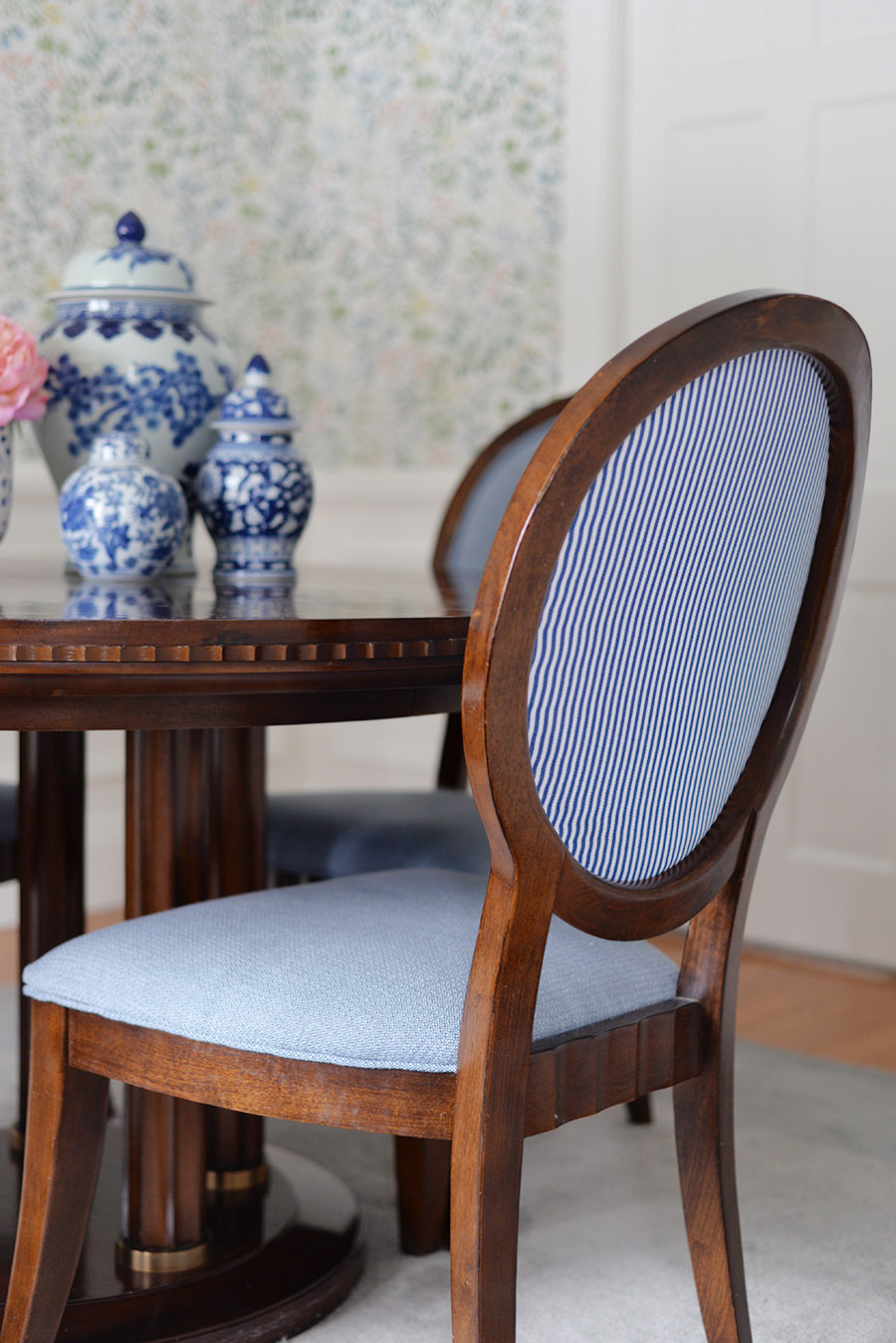 traditional dining room, oval back chairs, blue and white ginger jar collection,  striped oval back chair