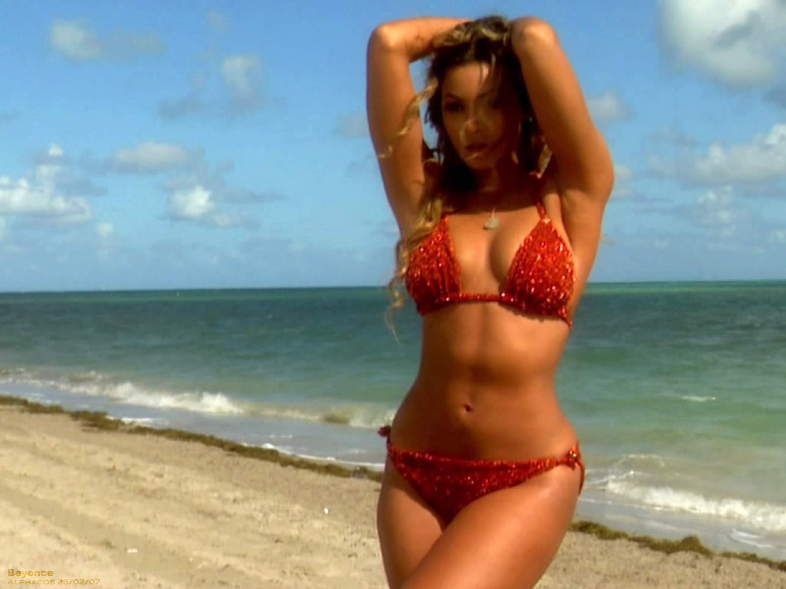 beyonce bikini photo jpg 1152x768