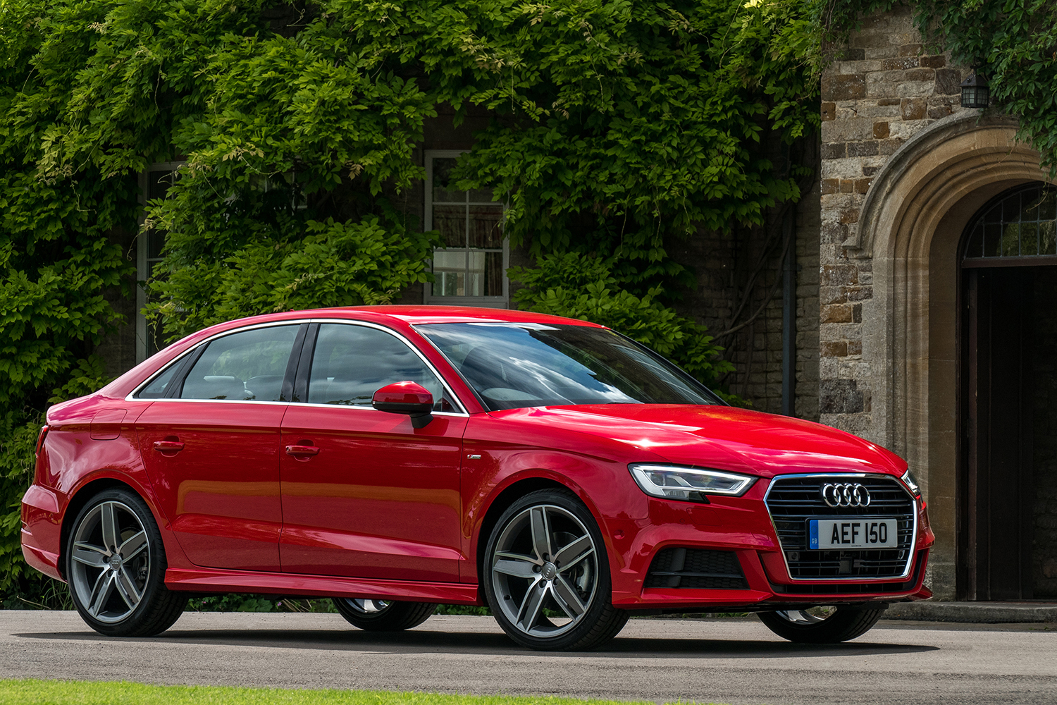 simply motor review audi a3 saloon s line. Black Bedroom Furniture Sets. Home Design Ideas