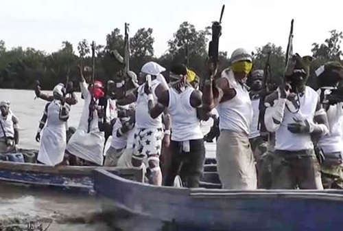 New Militant Group, 'Bakassi Strike Force' Emerges, Ask Avengers to Sheath Sword (Photo+Video)