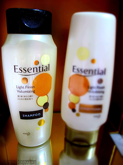 Essential Light Finish Volumising Shampoo review