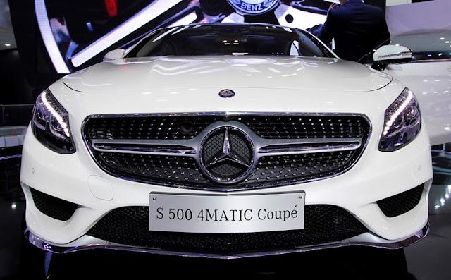 Mercedes S500 4MATIC Coupe sử dụng La zăng 1 nan, có họa tiết Kim cương đính kèm
