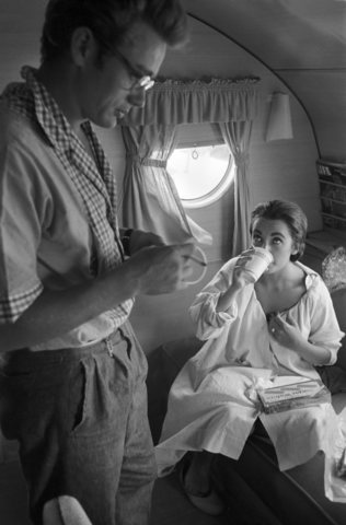 """Candid Photos of Liz Taylor and James Dean on """"Giant"""" set ..."""