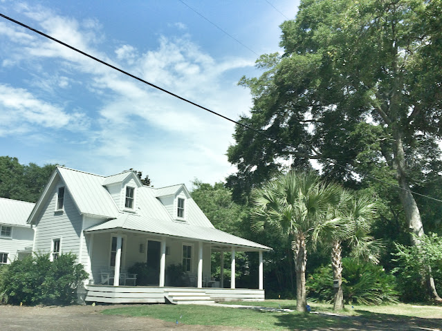 White houses | The Lowcountry Lady