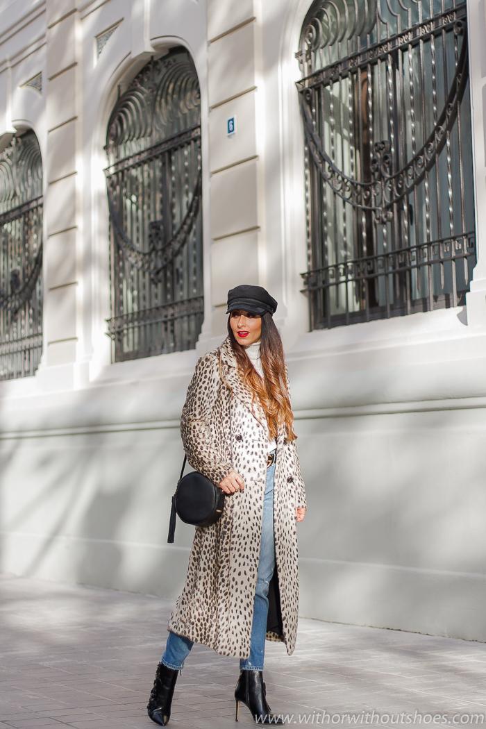 influencer Valencia tendencias Streetstyle outfit idea como combinar abrigo estampado leopardo House of Harlow con cinturon Gucci
