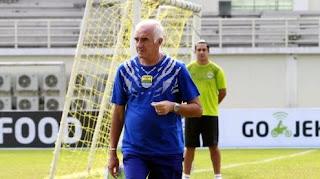 Siapkan Daftar Pemain Persib 2019, Soler-Gomez Ingin Bertahan Dua Musim Lagi