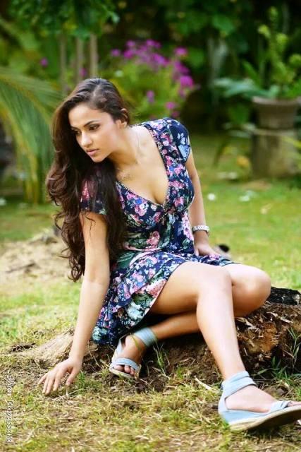 Sri Lankan Models Image