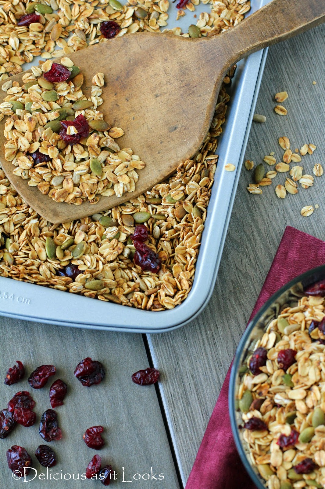 Maple Toasted Cranberry Muesli {Low-FODMAP, Gluten-Free, Vegan}  /  Delicious as it Looks