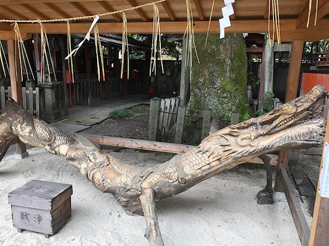 武信稲荷神社 龍彫刻