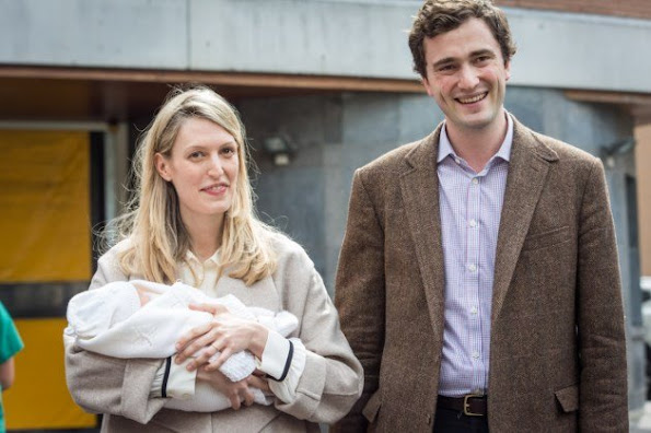 Prince Amedeo of Belgium, his wife Princess Elisabetta and their newborn daughter left the hospital in Brussels