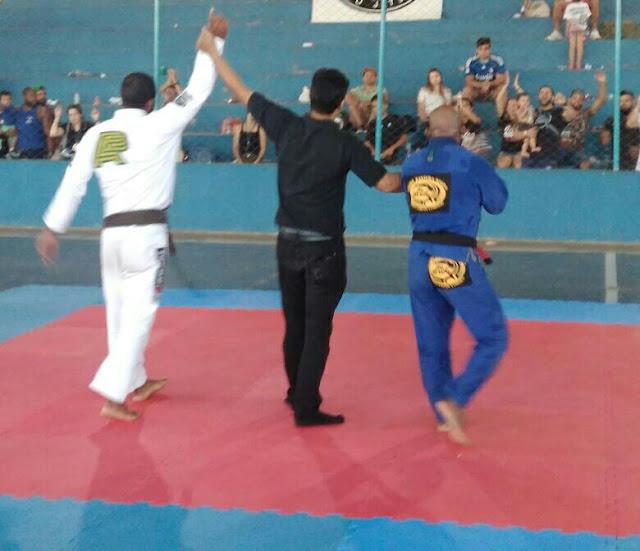 Júlio Césa Rocha, 34 anos que participou do campeonato, foi Campeão Absoluto Faixa Preta - Foto: Arquivo Pessoal