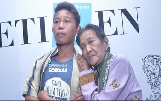 Heboh, Pasangan Beza Umur Datangi Klinik Bidan, Nenek Rohaya Hamil?