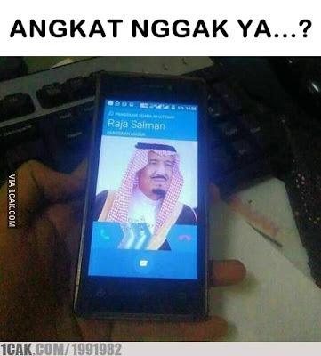 9 Meme 'Raja Salman' Ini Ikut Meramaikan Kedatangannya Ke Indonesia