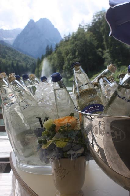 Cold drinks wedding reception on the lake terrace - Birdcage vintage wedding - Irish wedding in Bavaria, Riessersee Hotel Garmisch-Partenkirchen, wedding venue abroad