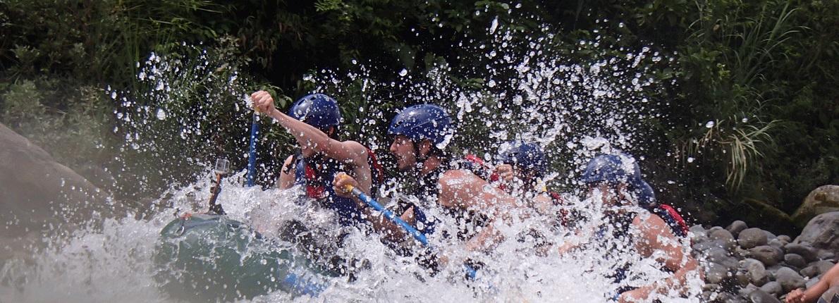 Rafting Ecuador – Rafting en Tena Ríos Jondachi – Hollin