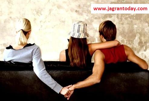 Patni se Jyada Girlfriend Kyo Achi Lagti Hai