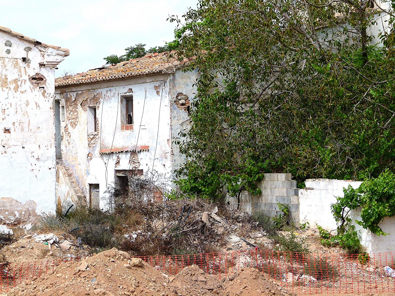 Alquería del Rey en el Bioparc, actualmente en ruinas y sin futuro ...