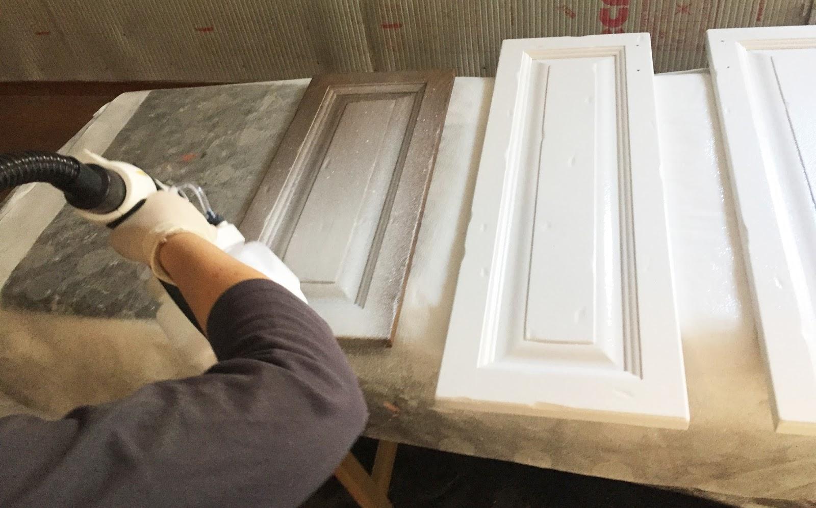 Pintar los muebles de la cocina el paso a paso blog de - Pintar muebles de cocina ...
