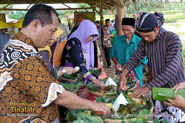 wiwit-panen-desa-wisata-tinalah-kulon-progo-yogyakarta