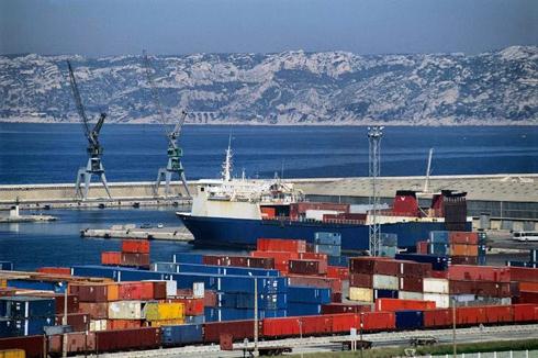Cảng nào lớn nhất Đông Á?