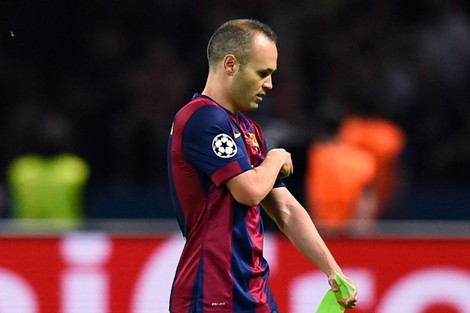 يوفنتوس يرغب في خطف إنييستا من نادي برشلونة