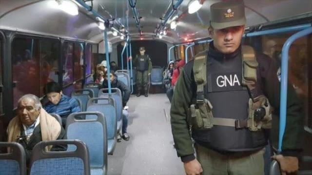 Militarización de transporte público en Argentina causa indignación