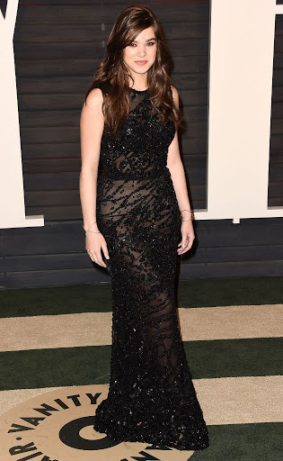Hailee Steinfeld – Vanity Fair Oscar 2016 Party Red Carpet Dresses