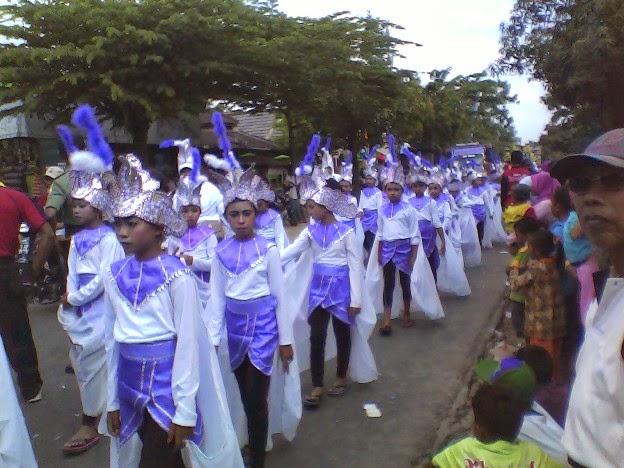 Kostum SD Negeri Mergosari Karnaval Kecamatan SInggahan