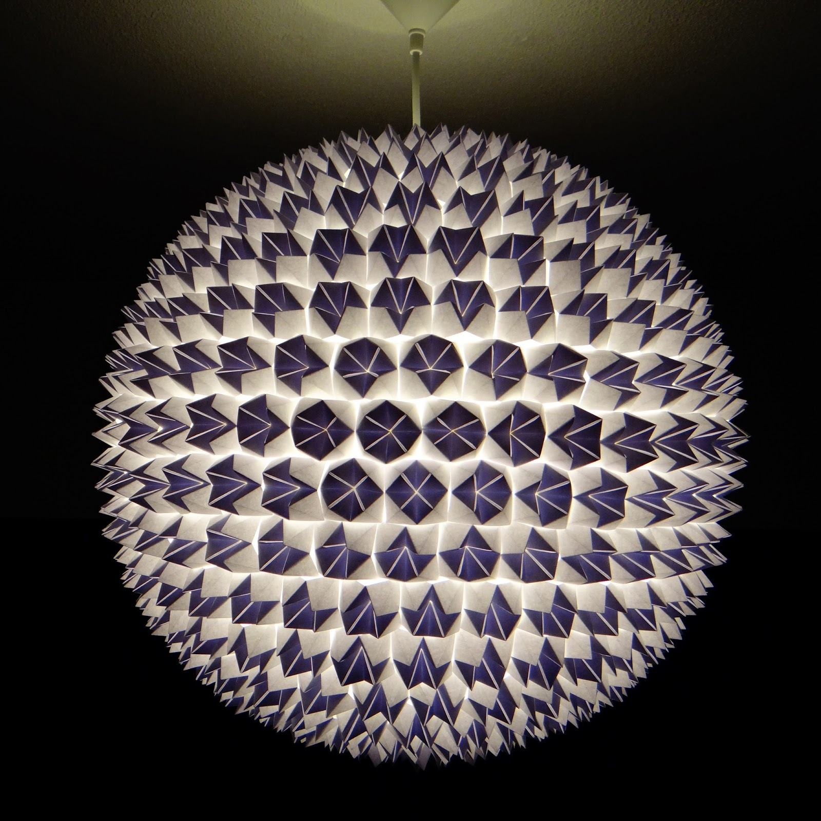 Adding 500 fortune tellers to a Chinese lantern ... - photo#29