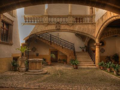 ciudad de mallorca - casas antiguas hermosas