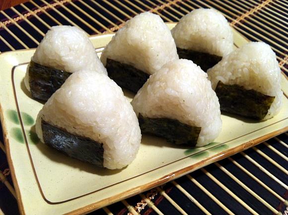 Rice Balls (Jumuckbap / Onigiri) - Seonkyoung Longest