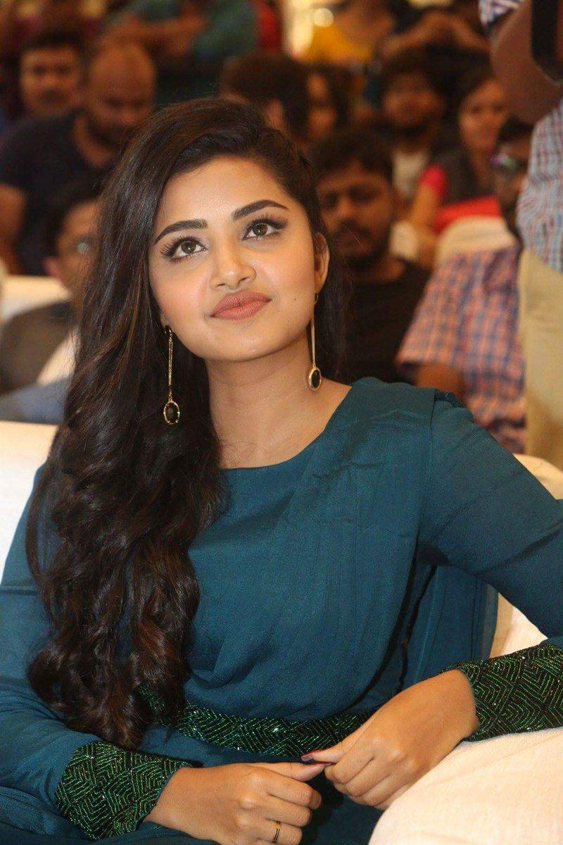 Actresss AnupamaParameshwaran Latest HD Images