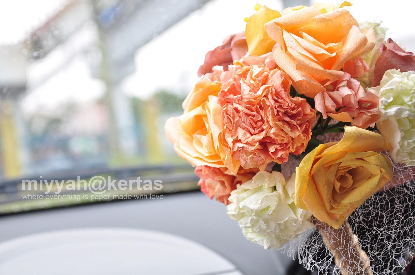 Miyyah Kertas Paper Flower Hand Bouquet